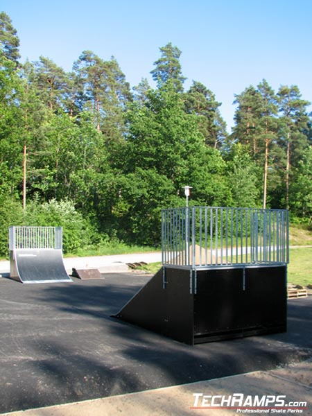 Skatepark w Karlshamn - Nyemollevagen - Szwecja - 1