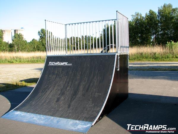 Skatepark w Karlshamn - Oljehamnsvagen - Szwecja