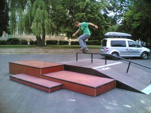 Skatepark w Markach 4