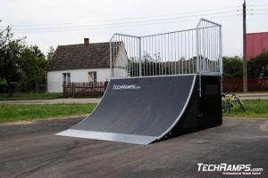 Skatepark w Michałowie Quarter pipe