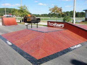 Skatepark w Nowinach 3
