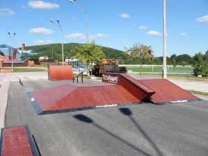 Skatepark w Nowinach 4
