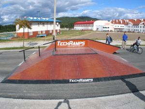 Skatepark w Nowinach 7