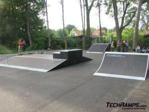 Skatepark w Obornikach Śląskich - 7