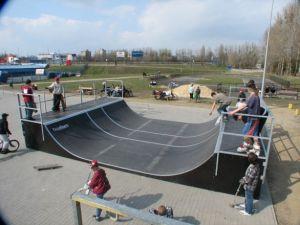 Skatepark w Ostrowie Wielkopolskim 16