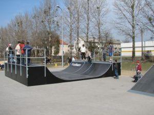Skatepark w Ostrowie Wielkopolskim 19