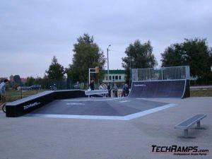 Skatepark w Pobiedziskach - 9