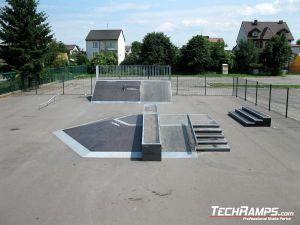 Skatepark w Przasnyszu funbox