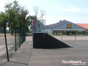 Skatepark w Przasnyszu_Bankramp