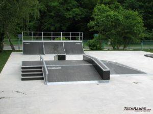 Skatepark w Skwierzynie -funbox