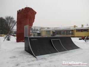 Skatepark w Szczercowie - rozbudowa quarter pipe z miniquarterem - 2