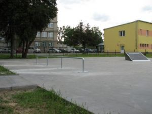 Skatepark w Tłuszczu 3