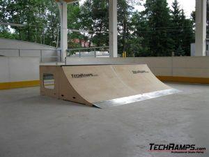 Skatepark w Warszawie, w dzielnicy Wawer - 1
