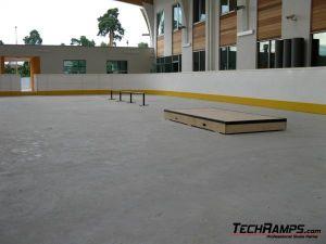Skatepark w Warszawie, w dzielnicy Wawer - 3