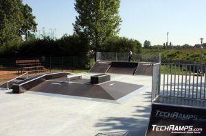 Skatepark w Zgorzelcu  funbox