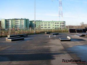 Skatepark Warszawa-Białołęka - grindbox - 3