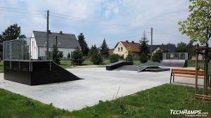 Skatepark z Funboxem w Dąbrowie