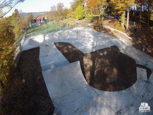 Szklarska_Poreba_concrete_skatepark