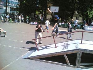 Unimil -deskorolka