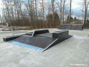 Widok na funbox w Bemowo Skatepark