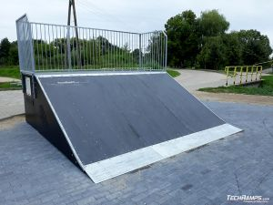 Wooden Bank ramp in Prestige technology in Orzysz