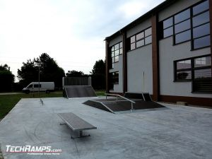 Wooden skatepark with concrete flat in Rychtal