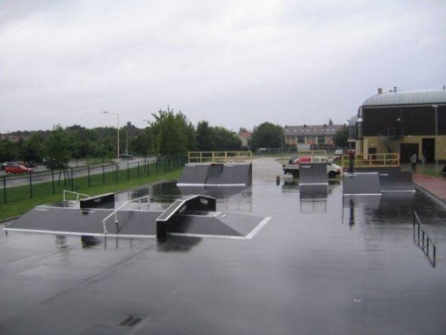 Скејтпарк во Полице
