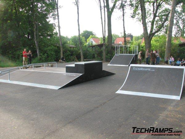 Скејтпарк во Оборњики Слонскје