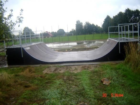 Скејтпарк во Пилховице
