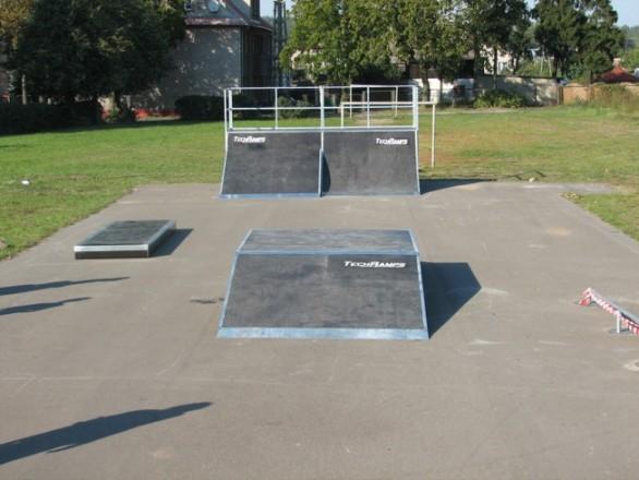 Скејтпарк во Оконек