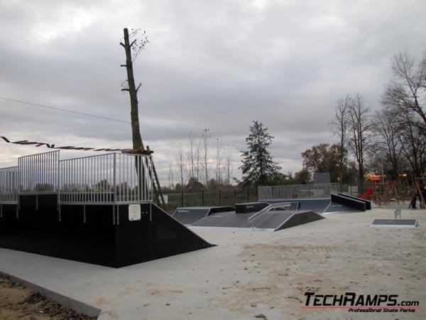 Скејтпарк во Жмигруд