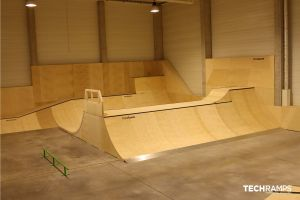 Year-round indoor skatepark Techramps